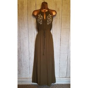 Love Tree Embroidered Maxi Boho Olive Dress